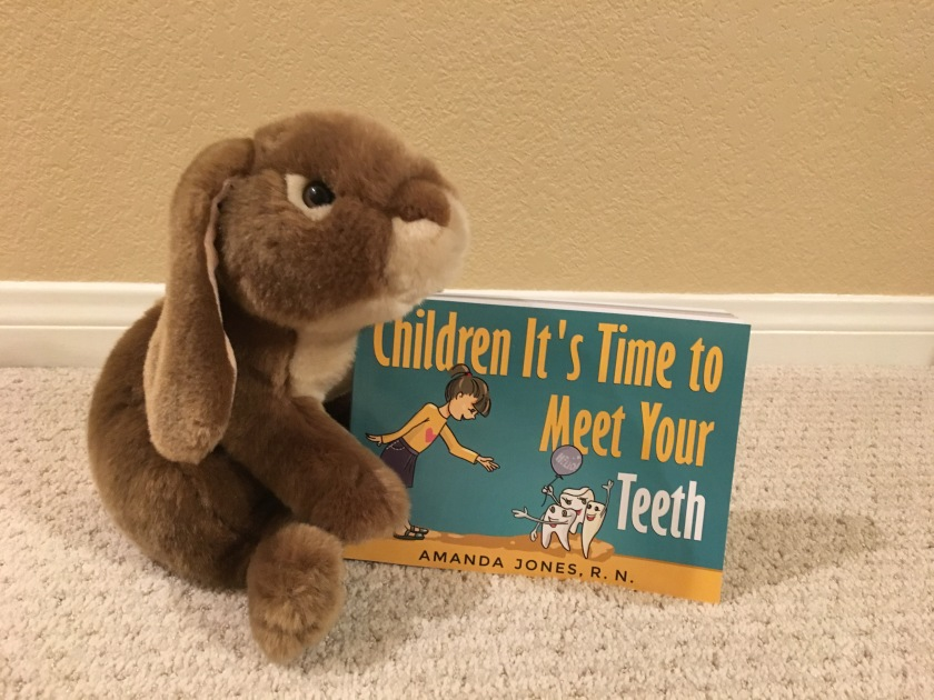 Caramel reviews Children It's Time to Meet Your Teeth by Amanda Jones.