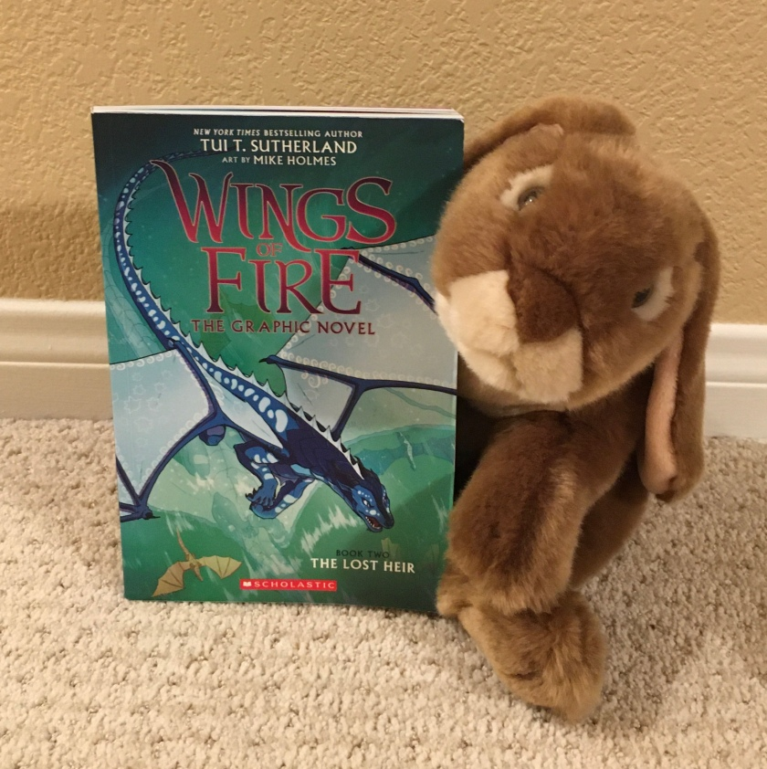Caramel reviews the graphic novel version of The Lost Heir (Book Two of Wings of Fire) by Tui Sutherland (with art work by Mike Holmes).