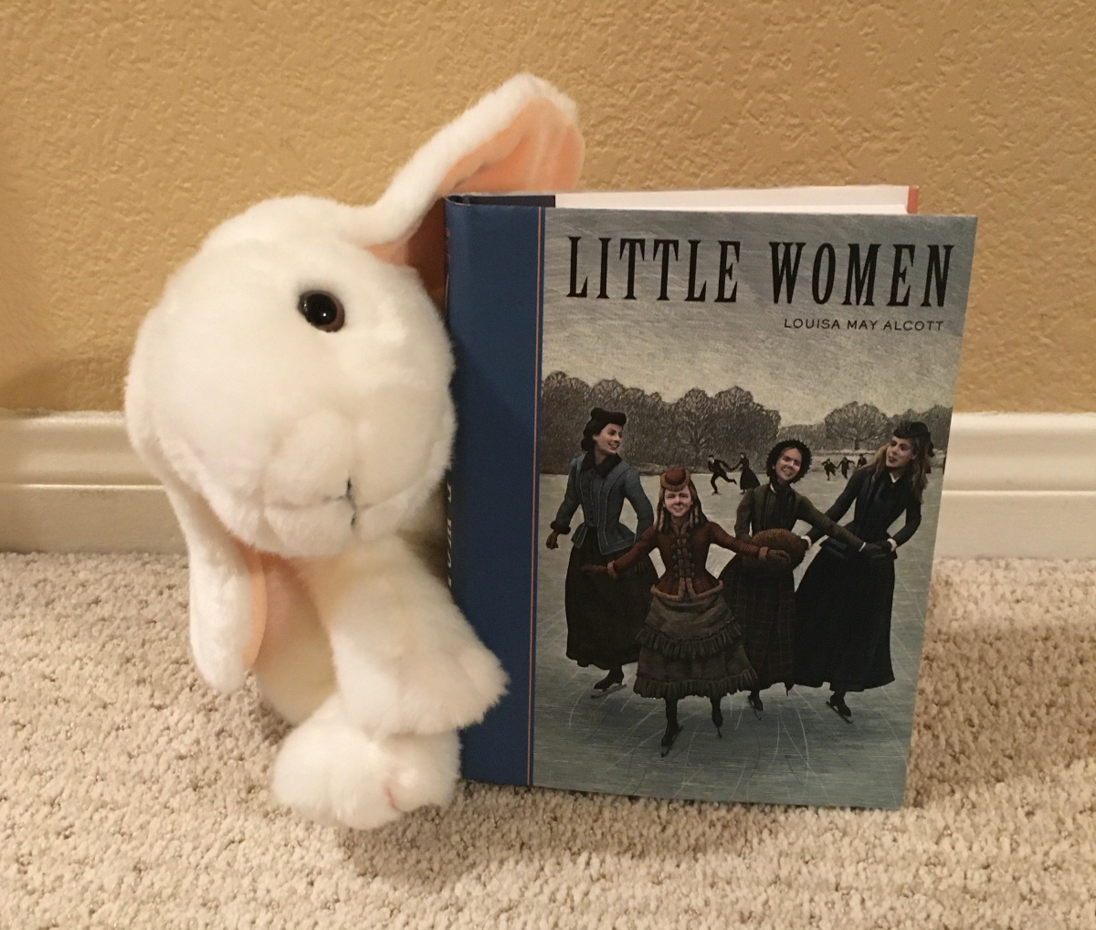Marshmallow reviews Little Women by Louisa May Alcott