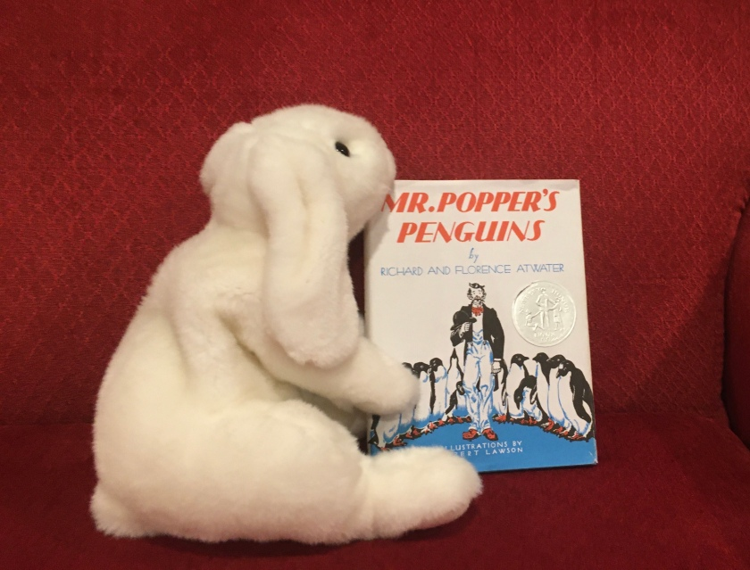 Marshmallow reviews Mr Popper's Penguins by Richard and Florence Atwater, illustrated by Robert Lawson.