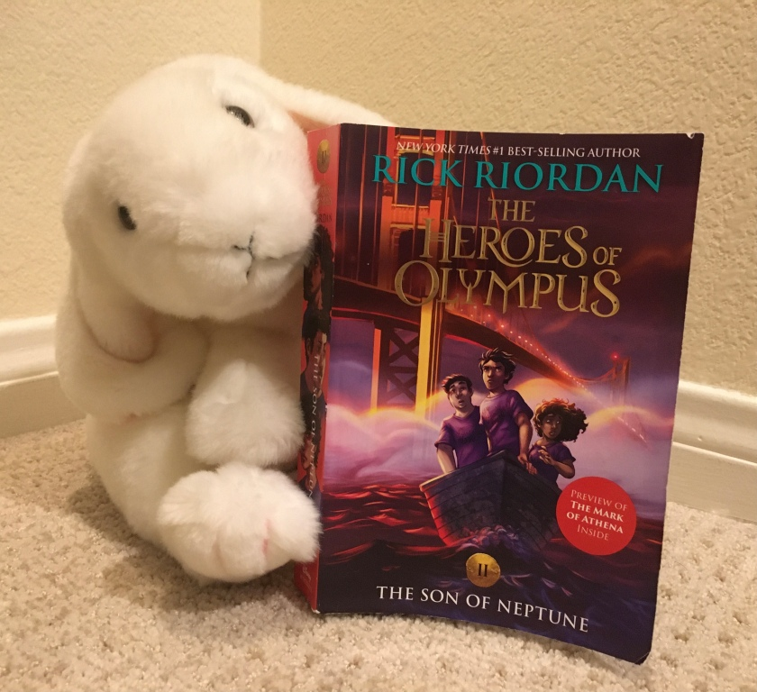 Marshmallow reviews The Son of Neptune (Book 2 of the Heroes of Olympus Series) by Rick Riordan.