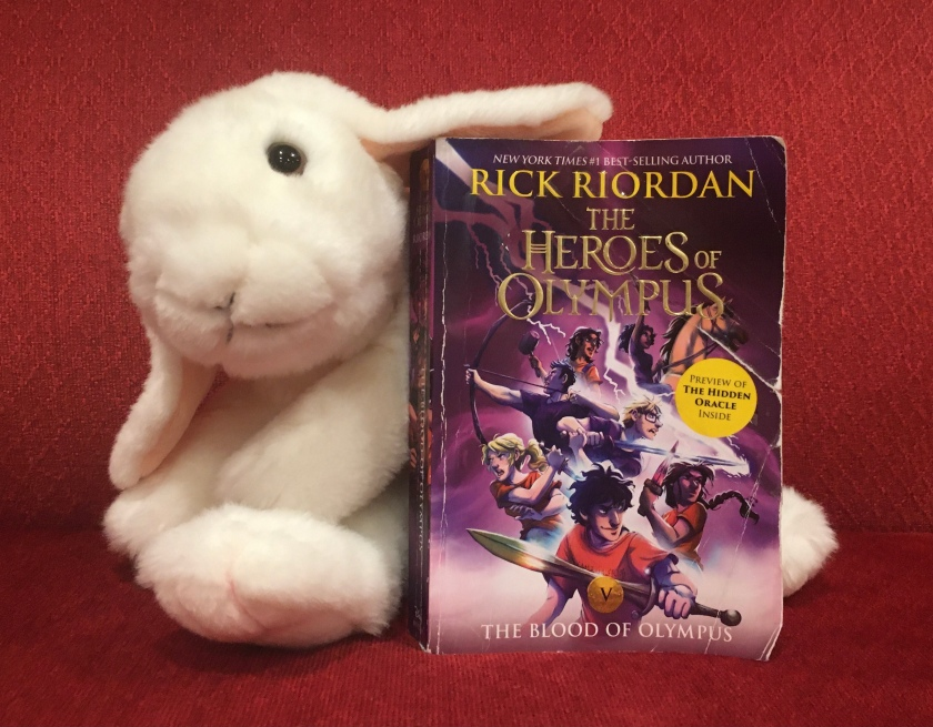 Marshmallow reviews The Blood of Olympus (Book 5 of the Heroes of Olympus Series) by Rick Riordan.