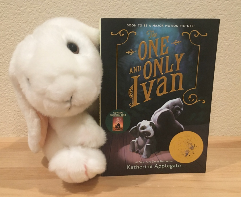 Marshmallow reviews The One And Only Ivan by Katherine Applegate.