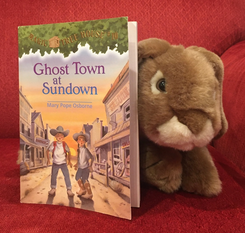 Caramel reviews Ghost Town at Sundown (Magic Tree House #10) by Mary Pope Osborne.