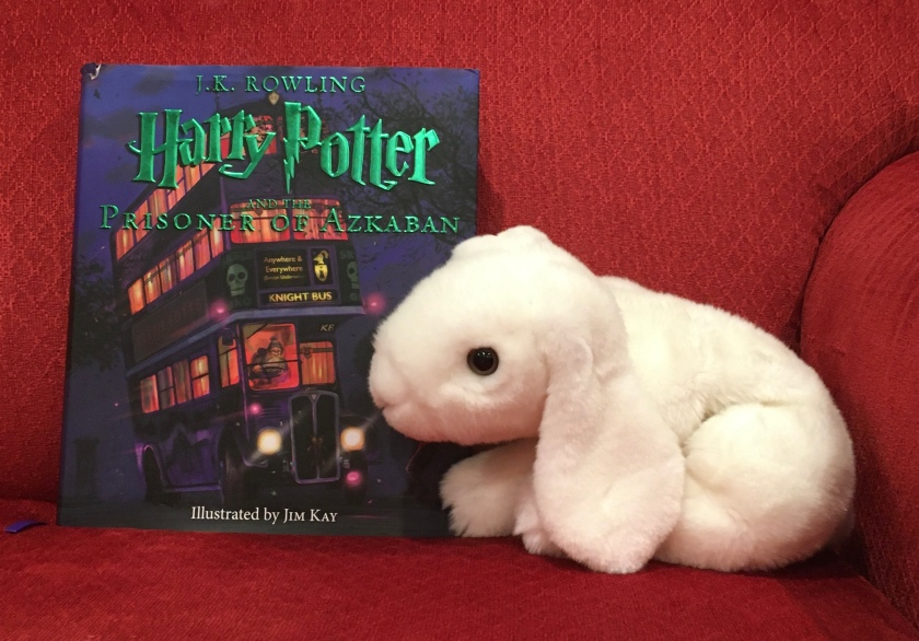 Marshmallow rates Harry Potter and the Prisoner of Azkaban, written by J.K.Rowling and illustrated by Jim Kay 100%.
