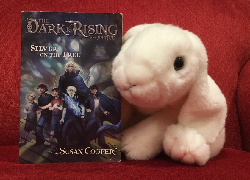 Marshmallow reviews Silver on the Tree by Susan Cooper.